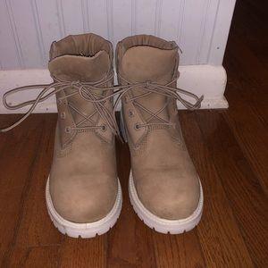 Timberland boots (women's)